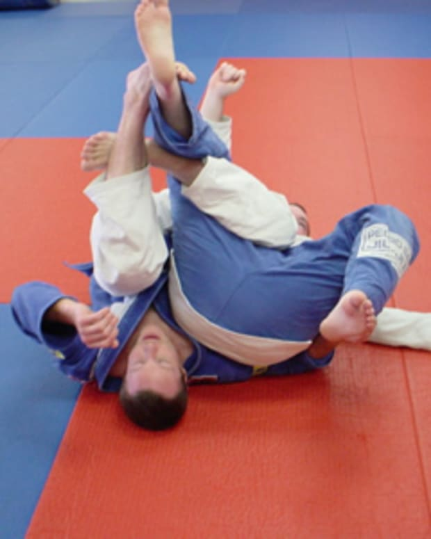 how-to-ninja-roll-in-bjj