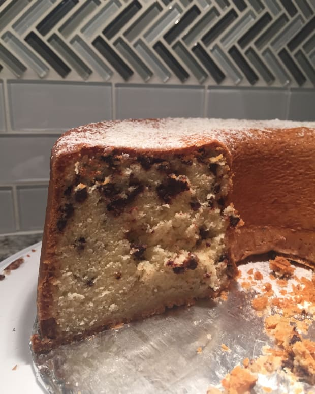 chocolate-chip-pound-cake