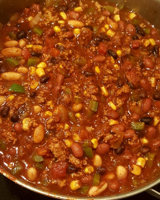 everything-but-the-kitchen-sink-chili