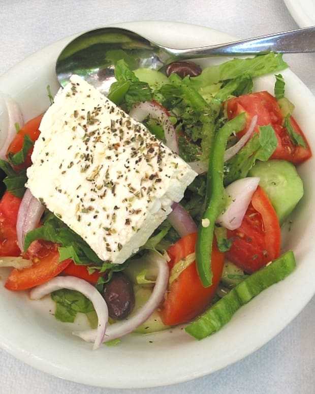 the-mediterranean-diet-how-eating-greek-food-is-the-easy-way-to-be-vegan