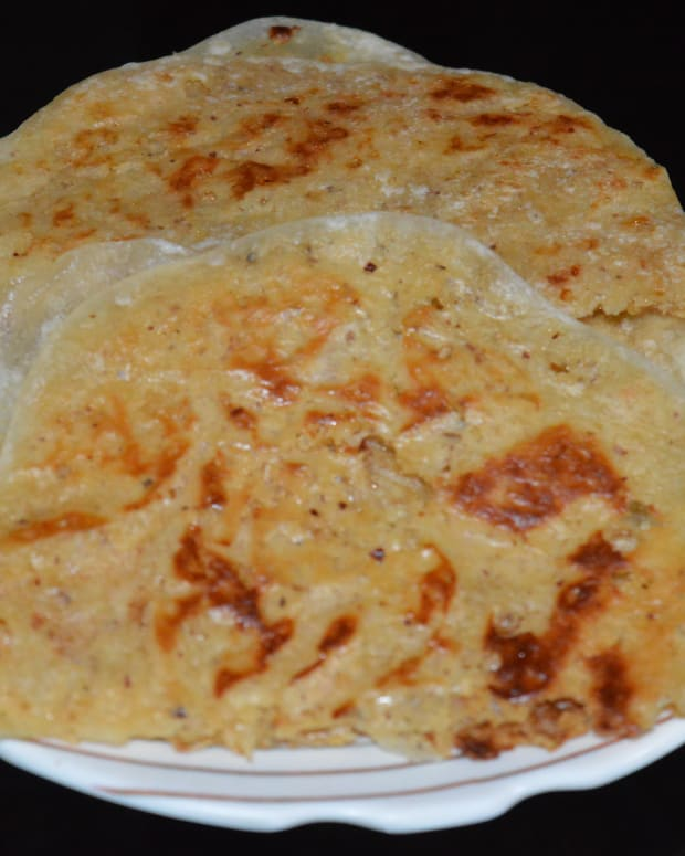making-indian-sweets-coconut-flat-bread-or-kayi-holige-recipe