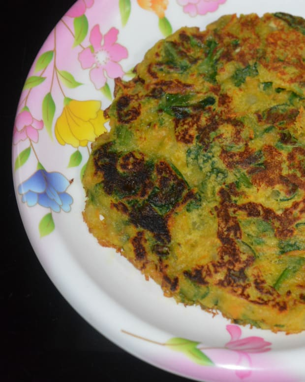 making-savory-vegetable-pancake-in-10-minutes
