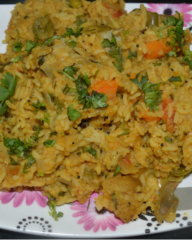 one-pot-meals-recipe-spicy-vegetable-khichdi-with-rice-and-lentils