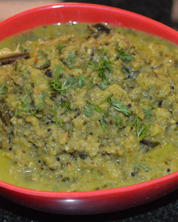 bitter-gourd-curry-hagala-kayi-gojju-recipe