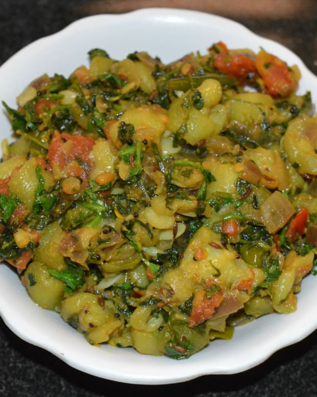 ridge-gourdturai-and-fenugreek-leaf-curry