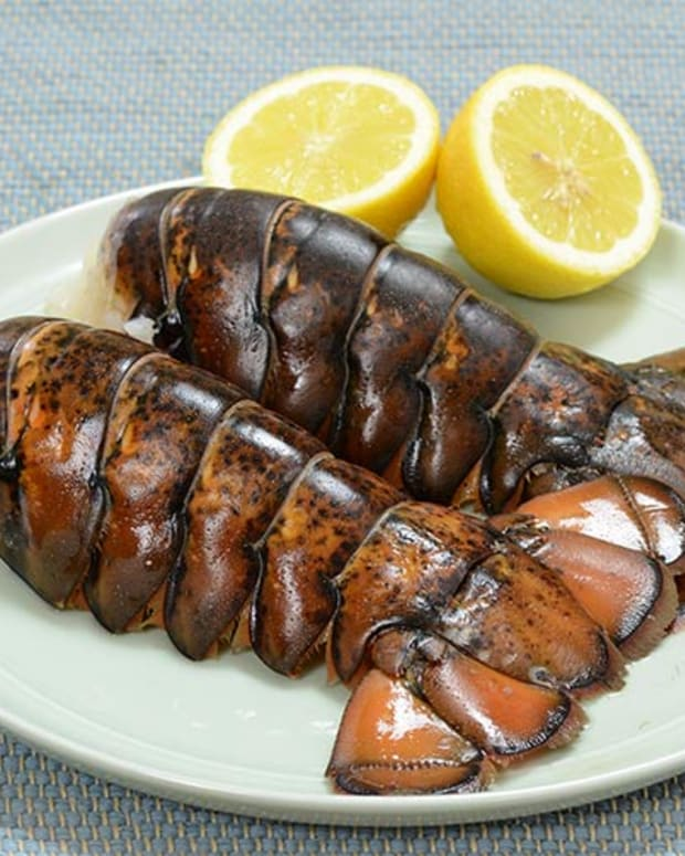 how-to-cook-lobster-tails-at-home
