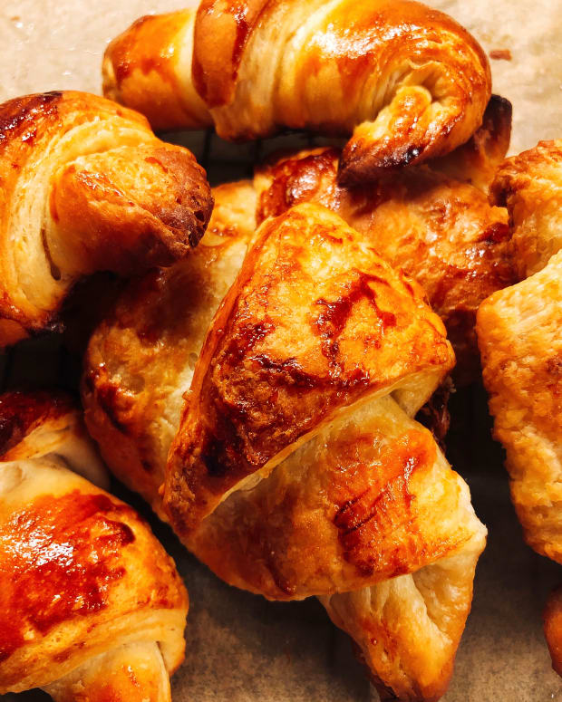 how-to-make-delicious-and-flaky-croissant-at-home