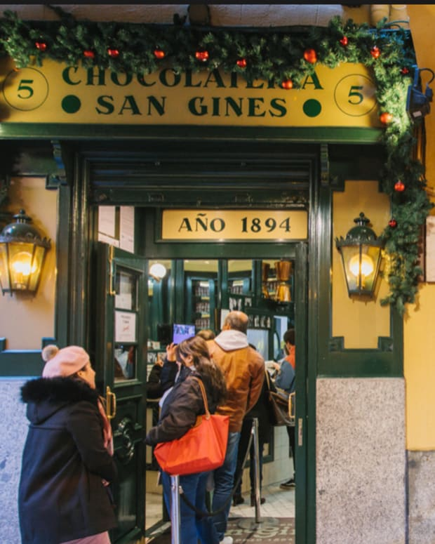 a-guide-to-24-hours-of-chocolate-in-spain