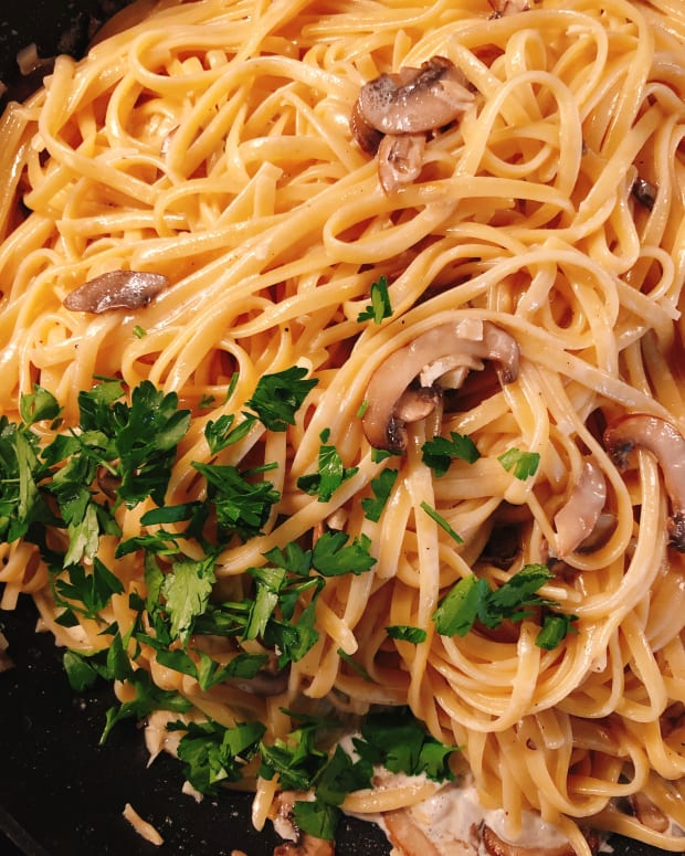 how-to-make-creamy-mushroom-linguine
