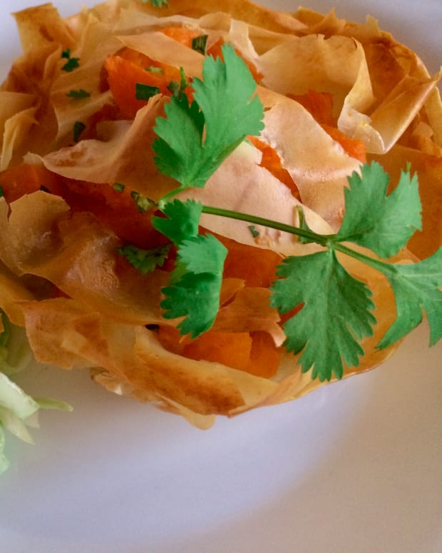 curried-pumpkin-filo-parcels-with-peach-chutney
