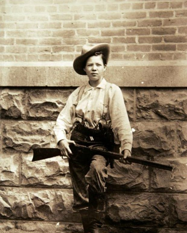10-notorious-female-outlaws-from-the-wild-west