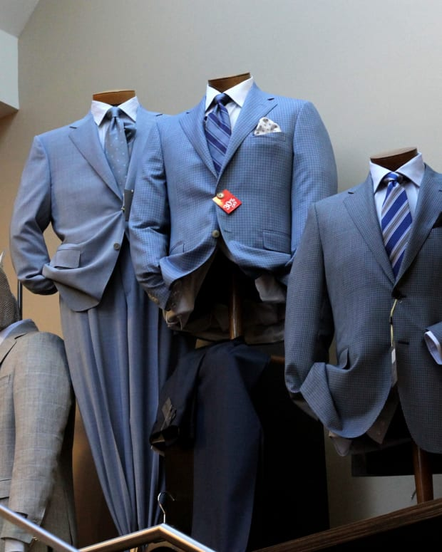 buying-a-mens-suit