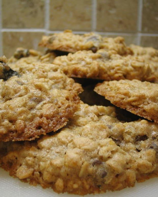 oatmeal_raisin_applesauce_cookies