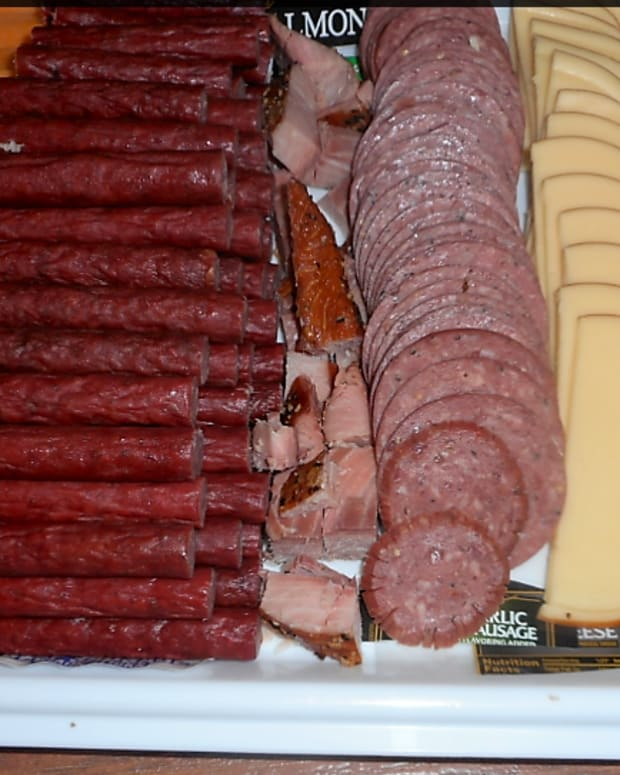 minnesota-cooking-meat-and-cheese-tray-preparation