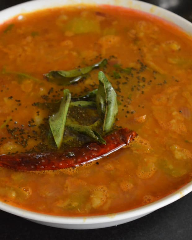 vegan-recipes-raw-tomato-and-onion-curry