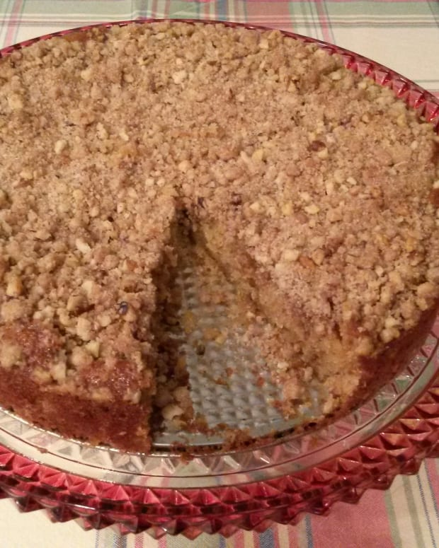 streusel-coffee-cake-made-with-buttermilk-recipe