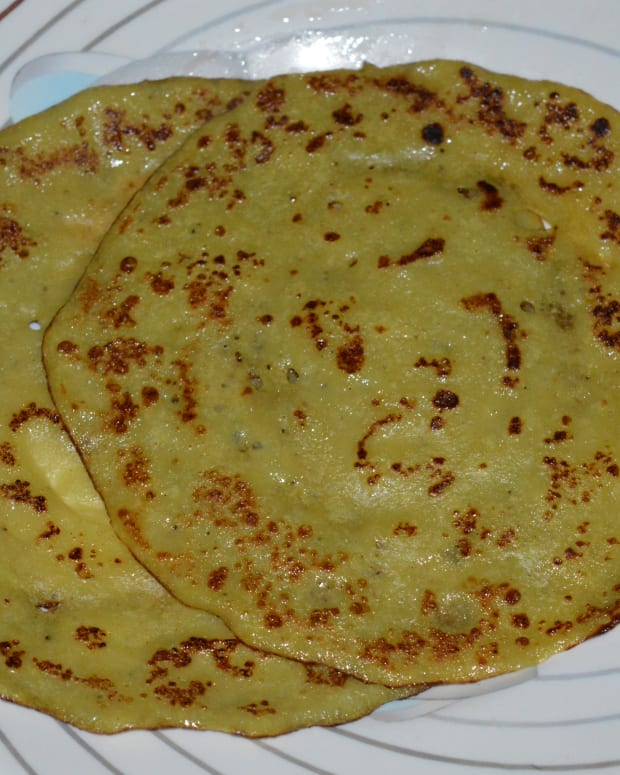 healthy-breakfast-sweet-banana-pancake-or-banana-dosa-recipe