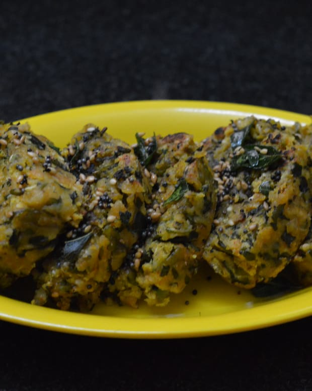fenugreek-leaves-steamed-dumplings-methi-muthiya-recipe