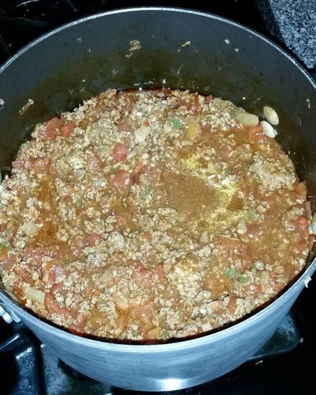 xxxtra-hot-mixed-meat-chili