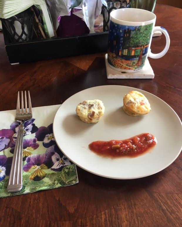 breakfast-on-the-go-mini-omelettes