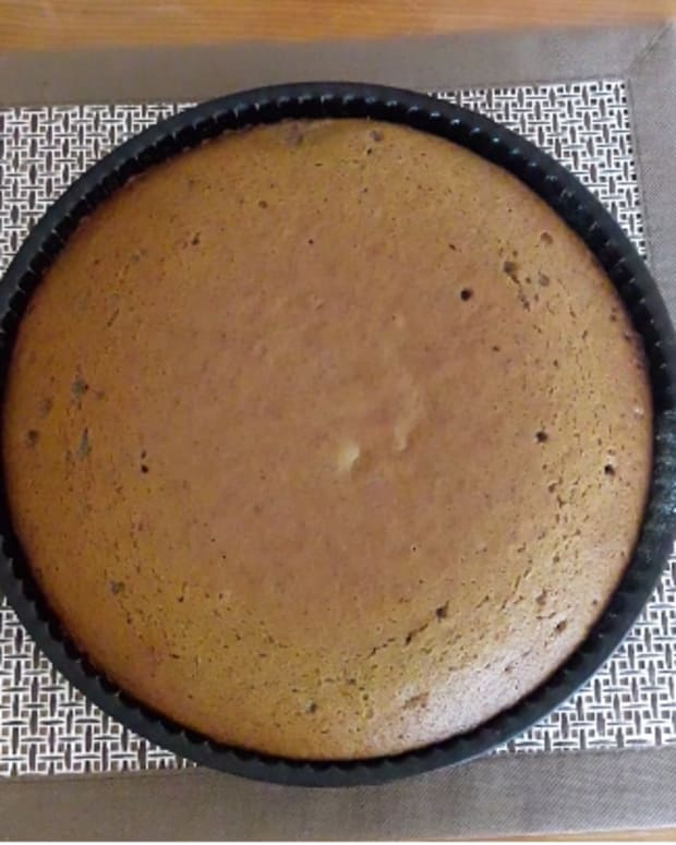 easy-to-make-cinnamon-cake