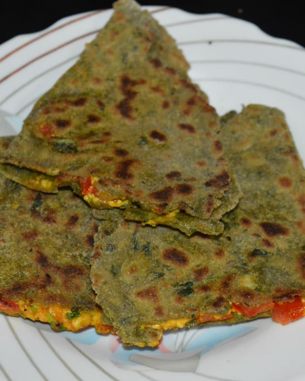 pearl-millet-and-fenugreek-leaves-pancakes-or-bajra-and-methi-roti-recipe