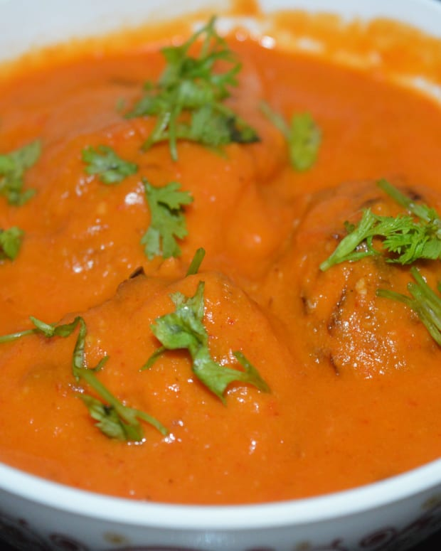 making-cabbage-kofta-curry-or-cabbage-dumplings-in-tomato-gravy