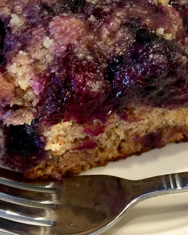 vegan-blueberry-buckle