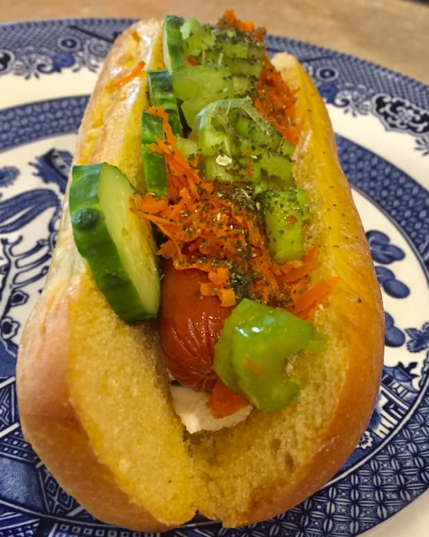 gourmet-hot-dog-sushi-dog