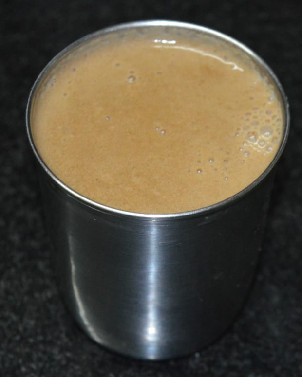 making-poppy-seeds-khus-khus-drink-or-gasagase-payasam