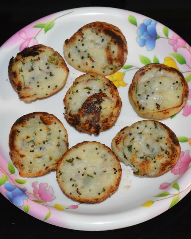 how-to-make-instant-rava-paddu-semolina-gundponglu-rava-guliyappa