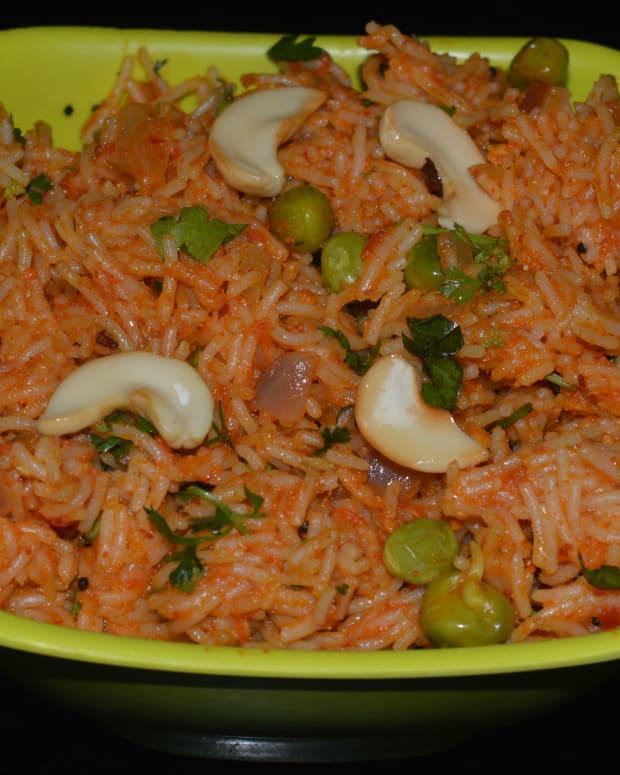 semiya-tomato-bath-sevai-semolina-tomato-upma-recipe