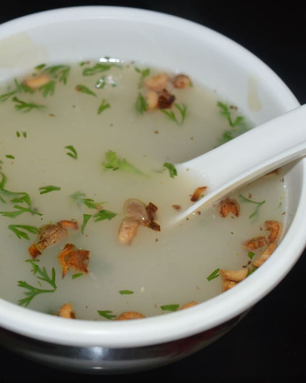 making-lemon-and-rice-soup-in-5-minutes