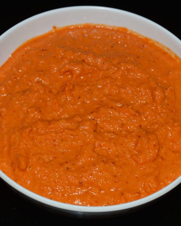 roasted-white-lentil-and-coconut-chutney-recipe