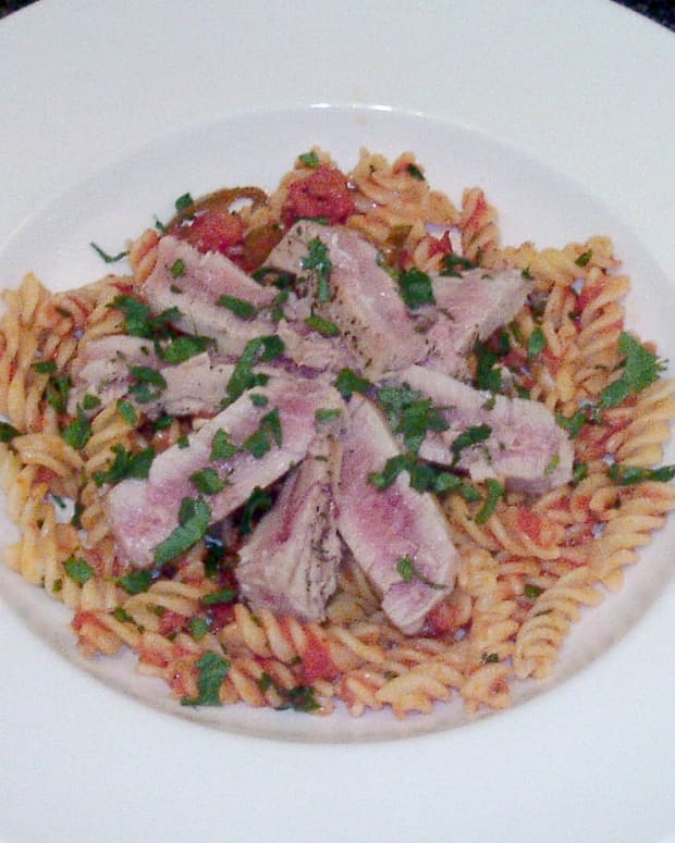 tuna-with-fusilli-pasta