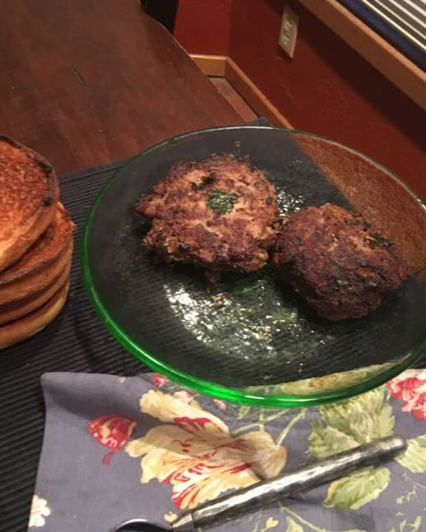 delicious-russian-style-pan-fried-hamburger-recipe