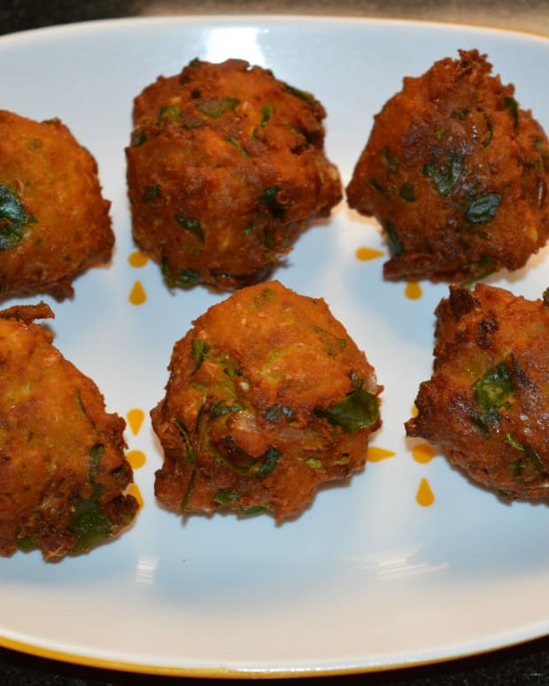 sweet-corn-recipes-how-to-make-corn-fenugreek-leaf-fritters-corn-methi-pakora