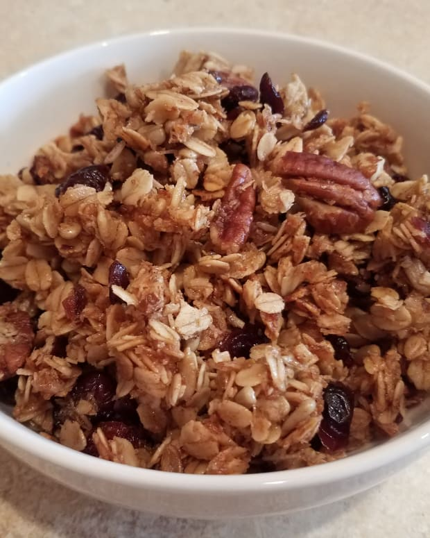 homemade-pecan-and-cranberry-granola