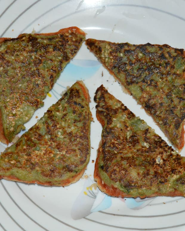 cheese-mung-beans-toast-cheese-moong-dal-toast-recipe