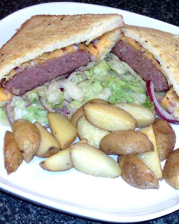 belgian-blue-beef-burger-eggy-bread-sandwich