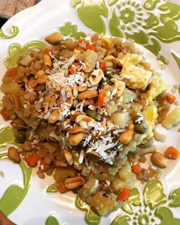 healthy-thai-pineapple-fried-cauliflower-rice-gluten-free
