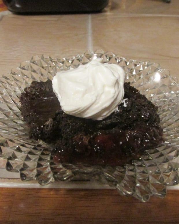 black-forest-dump-cake