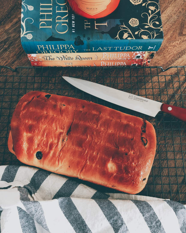 homemade-raisin-cinnamon-swirl-bread