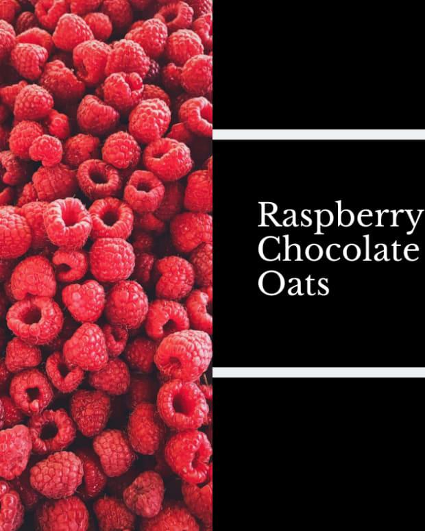 raspberry-chocolate-overnight-oats