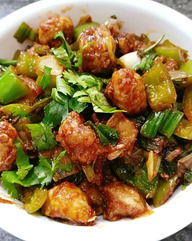 mushroom-manchurian-recipe-indo-chinese-fusion-recipe