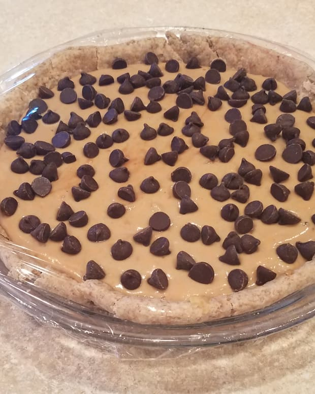 rich-and-creamy-clean-eating-peanut-butter-pie
