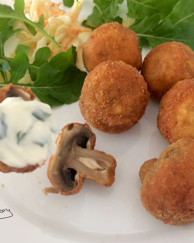 deep-fried-breaded-mushrooms-stuffed-with-cream-cheese-served-with-garlic-mayonnaise