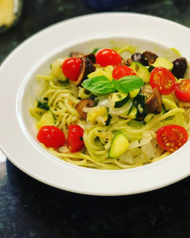 creamy-avocado-spaghetti