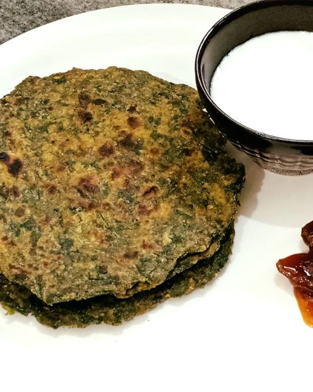 bathua-paratha-recipe-indian-flatbread-with-chenopodium-leaves