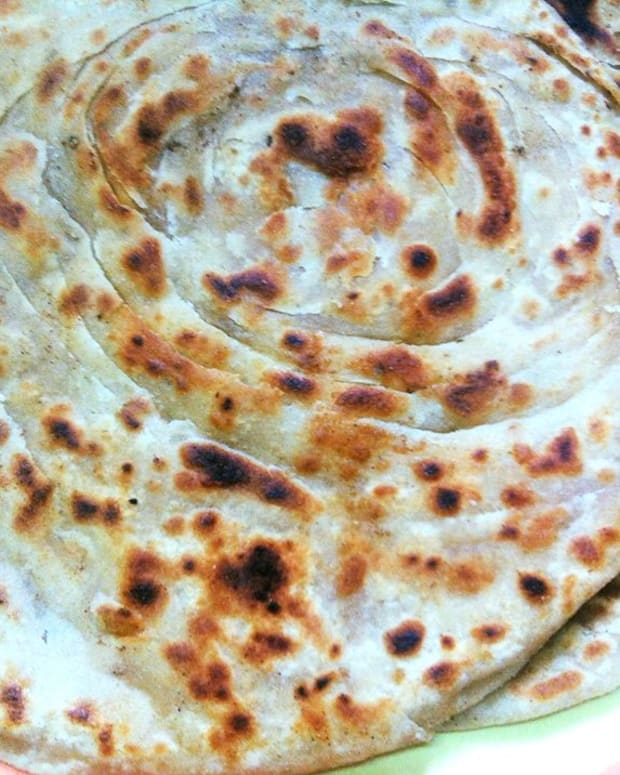 two-ways-to-make-lachha-paratha-or-indian-layered-flatbread